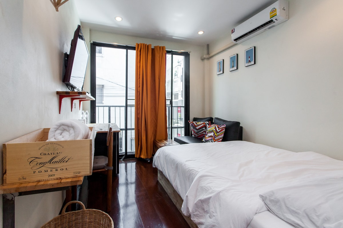 Mini chic Apartment -BTS S Taksin