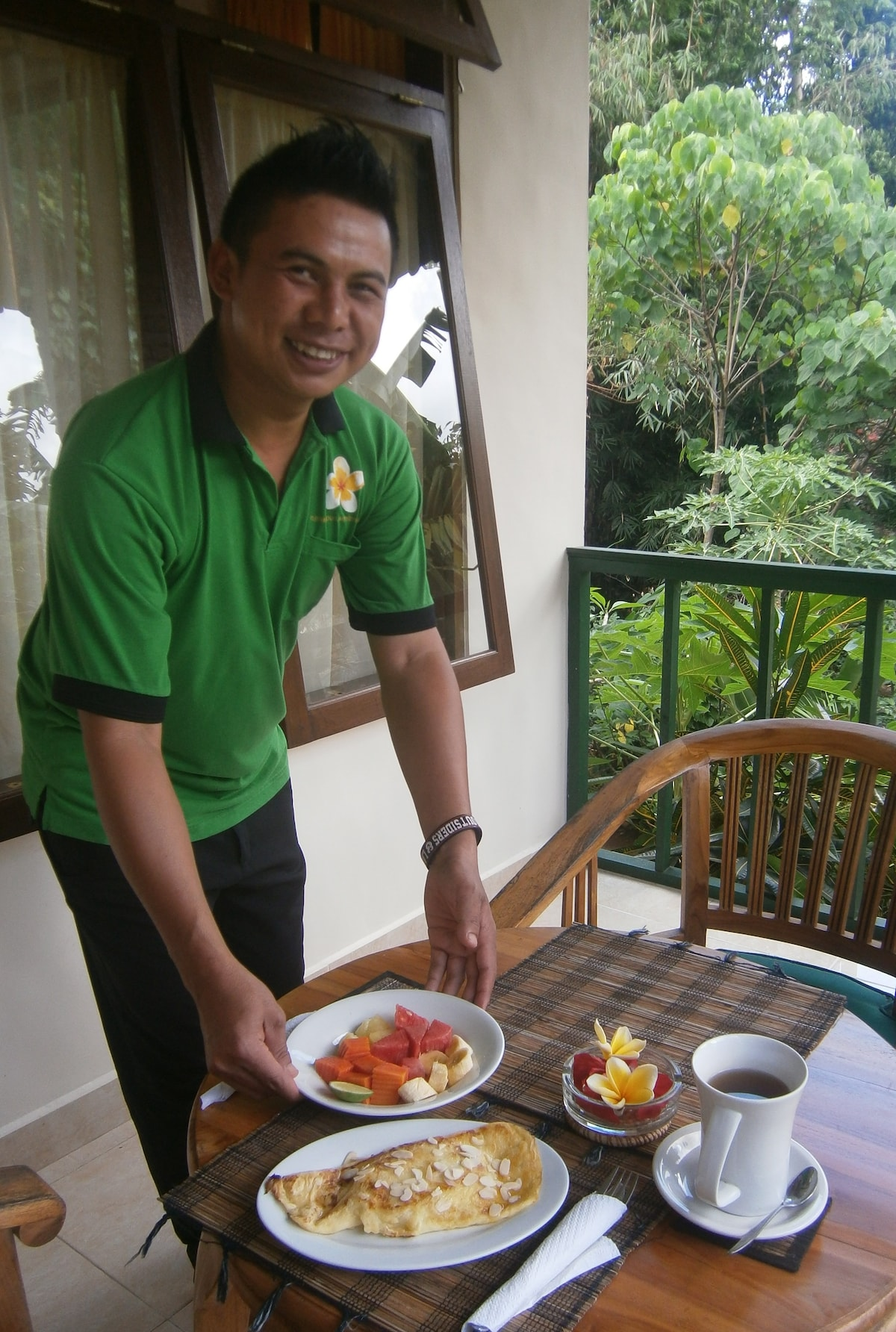 Breakfast on your balcony - Gede makes a fabulous banana pancake