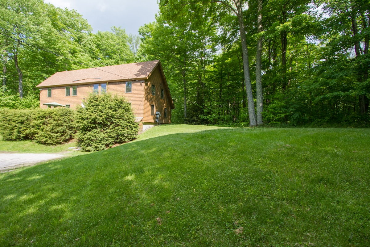 Secluded 1.1 acre wooded lot