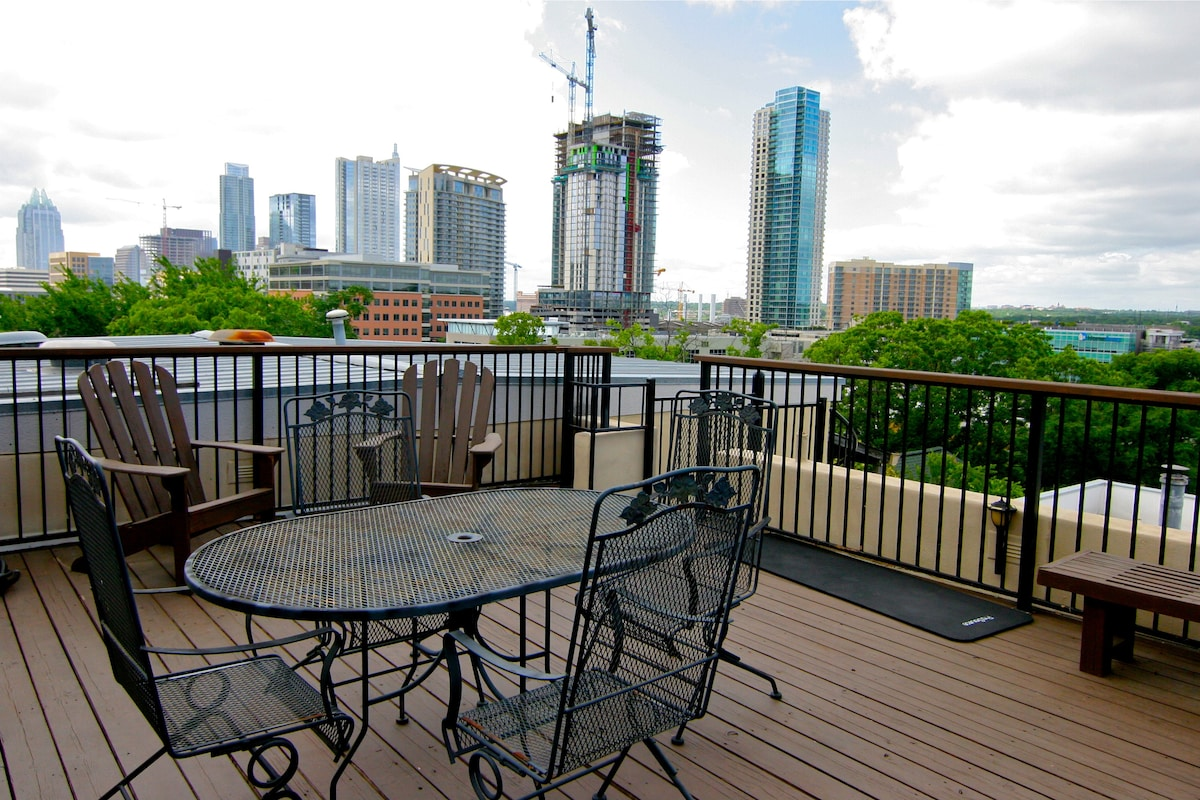6th Street Skyline Condo - Downtown
