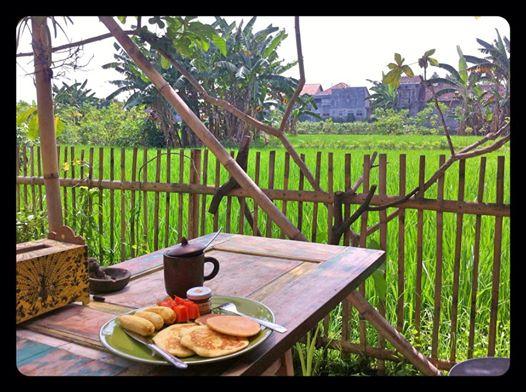 Breakfast Club in the backyard garden