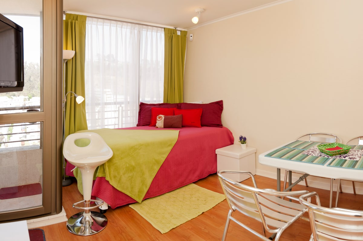 Living- Dining Room: Full Bed/ twin bed nested