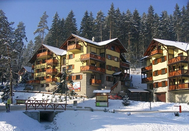 Nice suite for 2 close to ski lifts