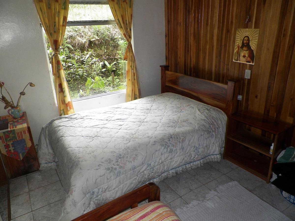 Cozy place in Monteverde!