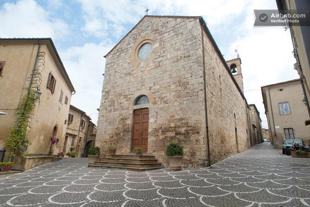 Casa Torre nel borgo di Bibbona