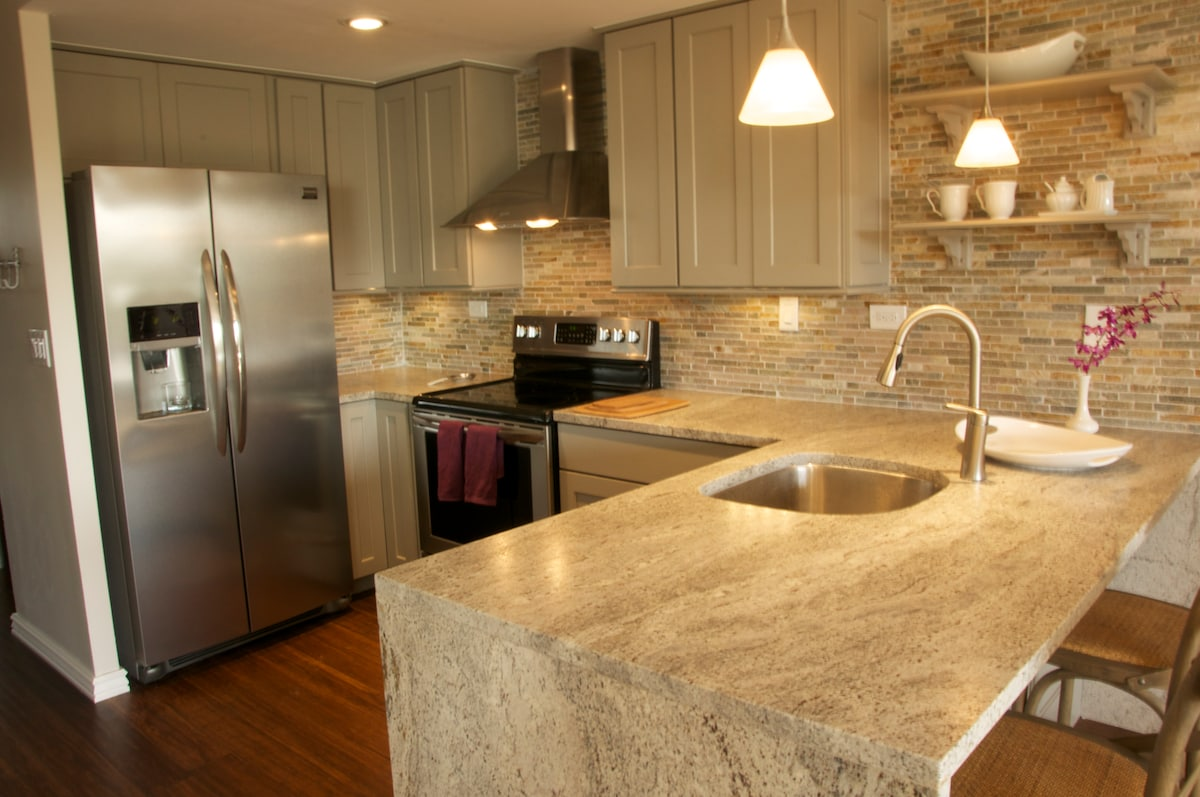 State of the art chef's kitchen that is fully equipped