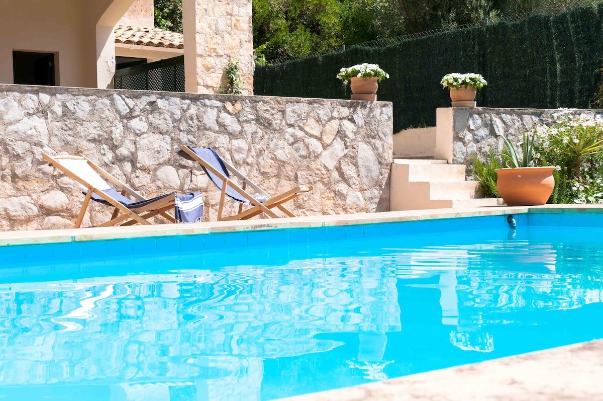 Double, pool&garden BBQ&view
