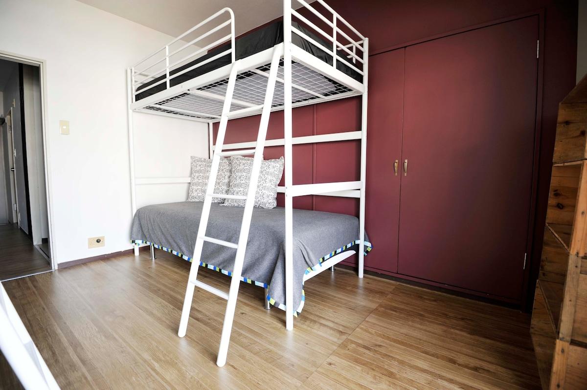 Spacious 1 bedroom private apartment in Roppongi