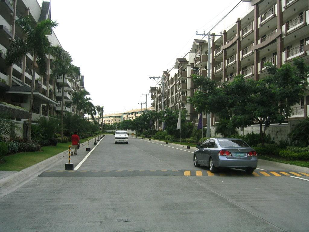 Acacia Estates Road