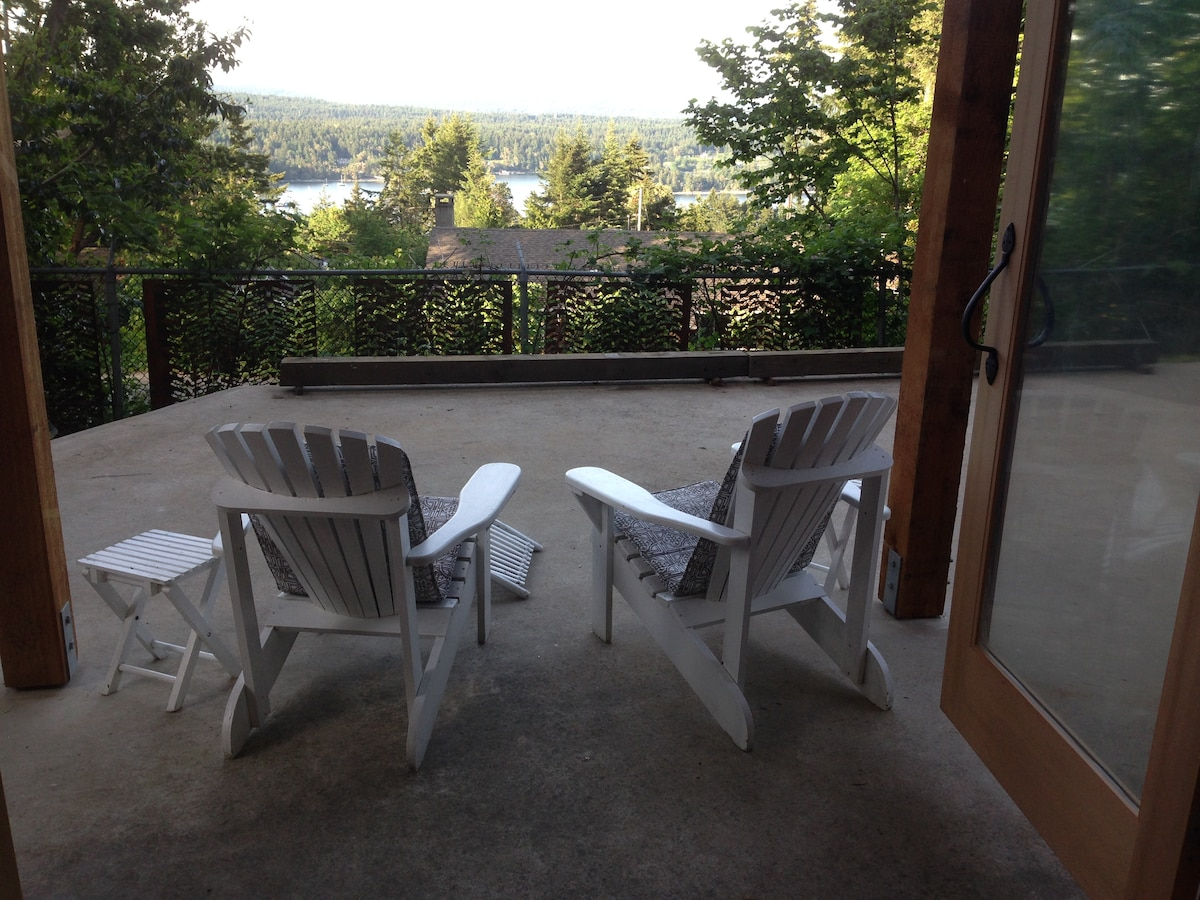 View of Ganges harbour and coast mountains (on a clear day) out your patio door!