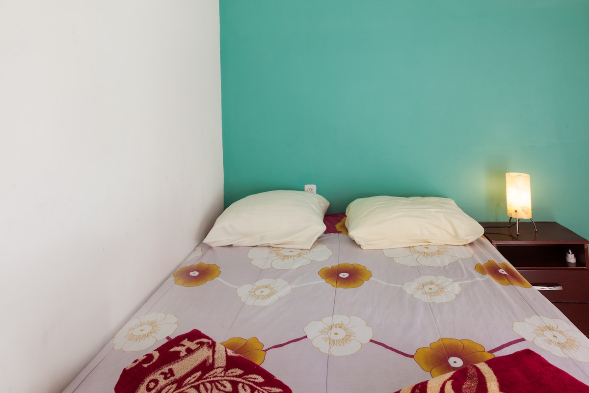 Comfortable bedrooms, fully airconditioned with large wardrobe and safe deposit