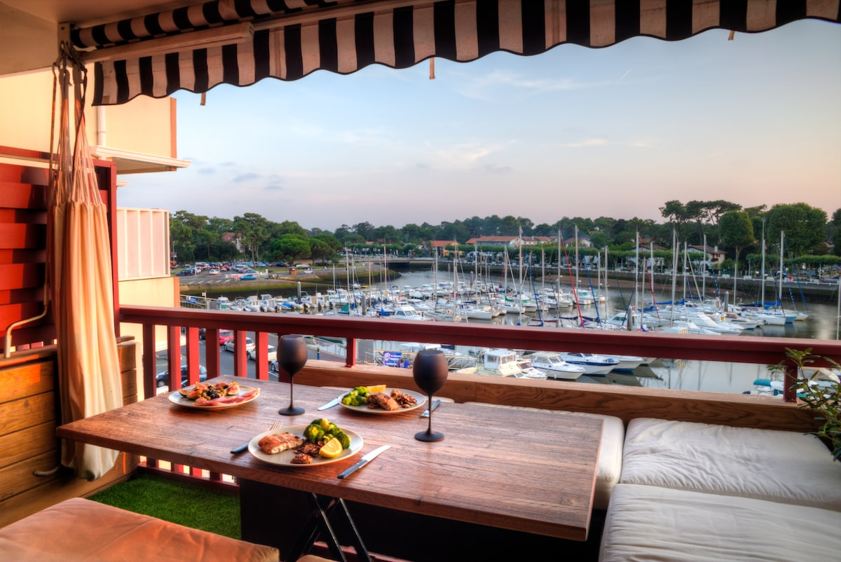 11/14: Outdoor dining at it's best