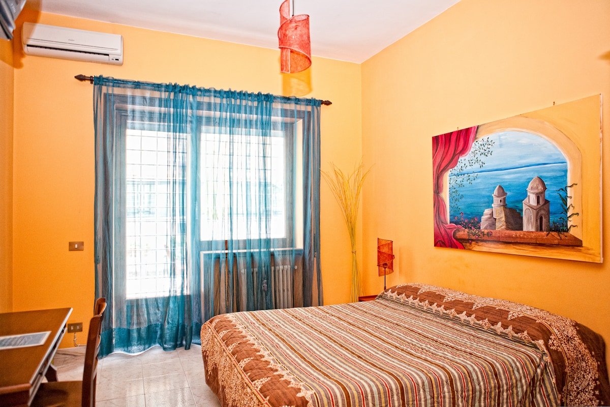 RED DOUBLE ROOM WITH TERRACE