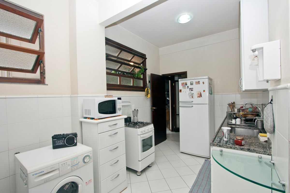 The full equiped kitchen, if you like to cook!