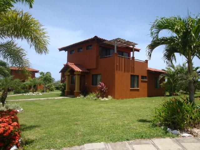 Villa Equipada