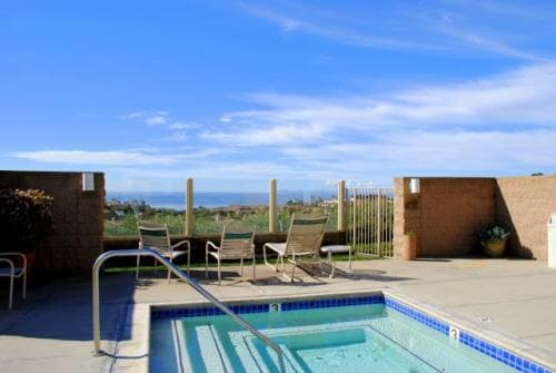 $105/Nt - Lux 1 bed - walk to beach