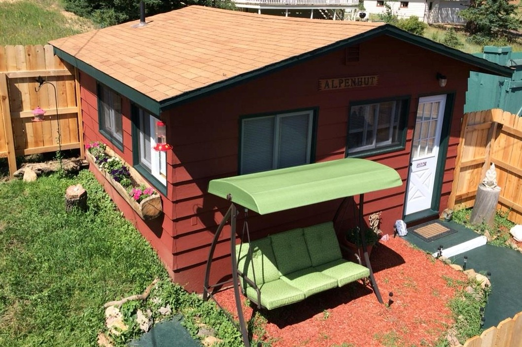 Alpenhut RMNP Rental With Hot Tub!