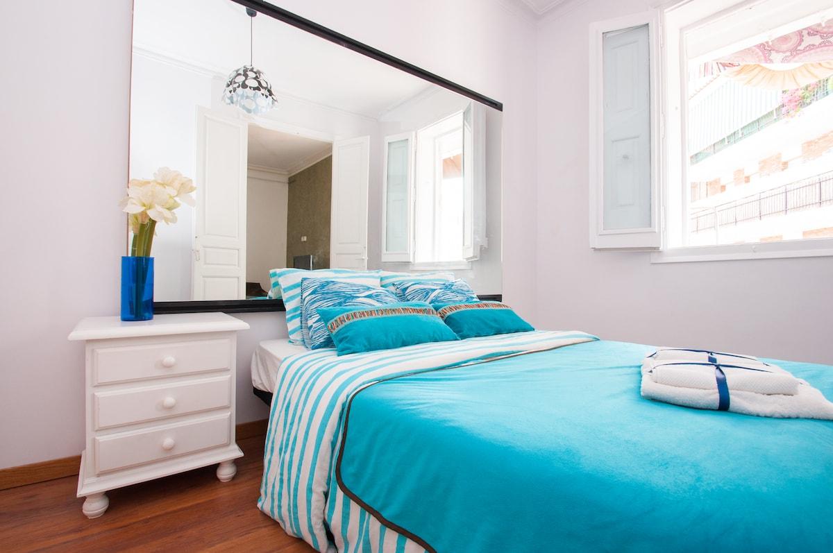 DELUXE BLUE DOUBLE ROOM