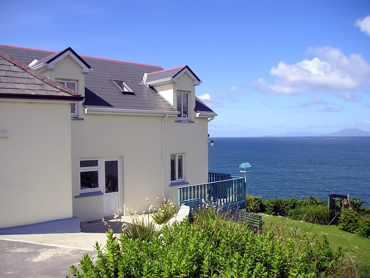 Dolphin Watch Self Catering House