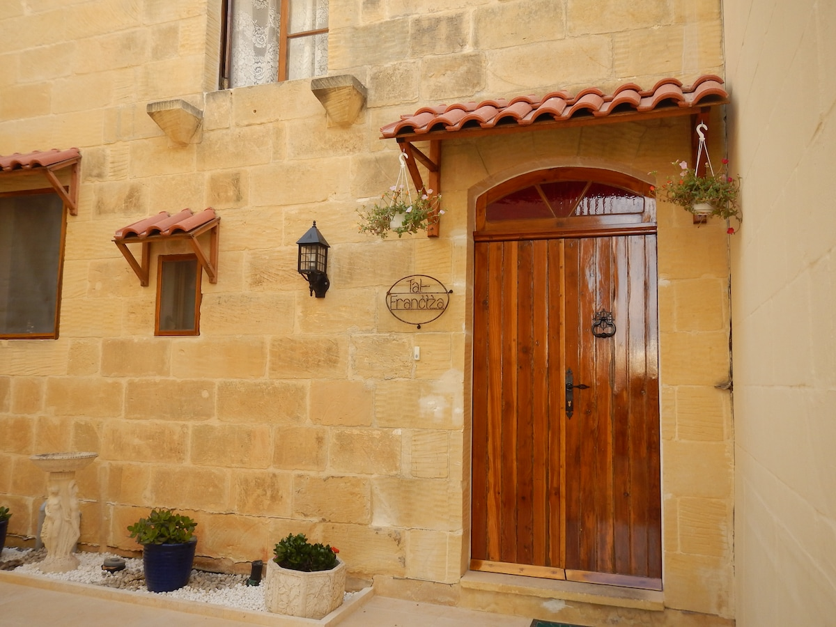TAL FRANCIZA B&B with private pool