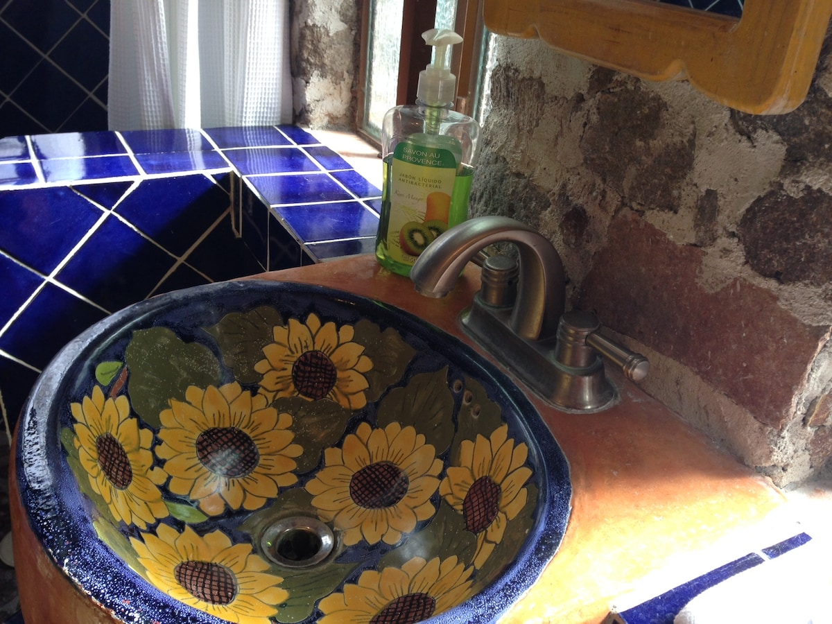 Talavera Sunflower sink!
