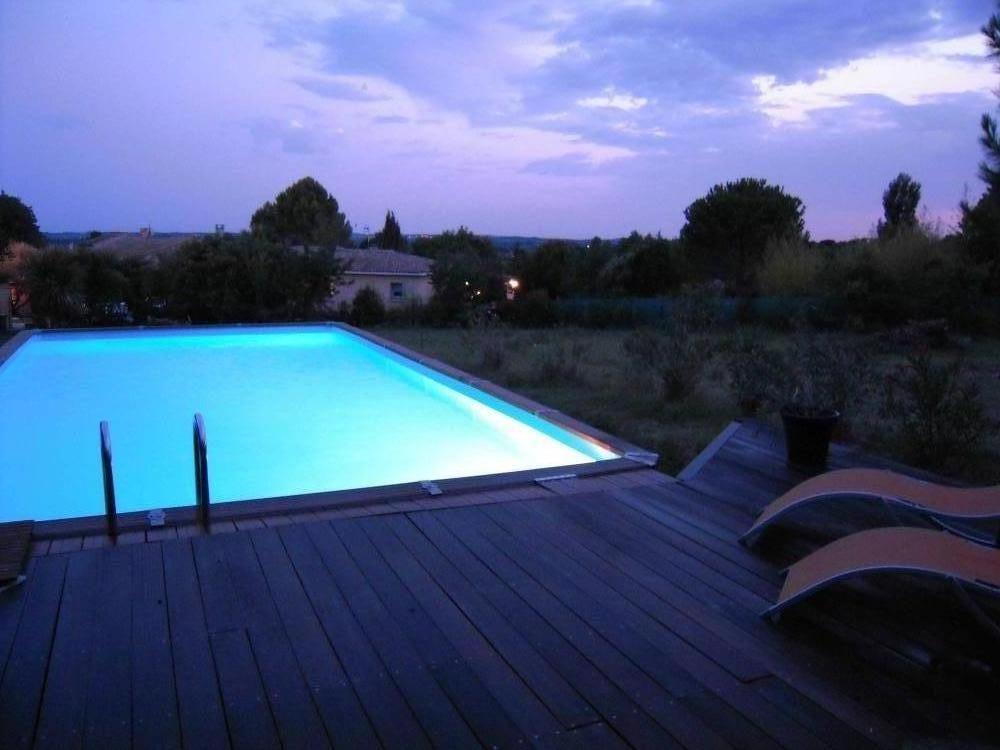 Maison ancienne avec piscine