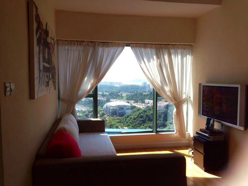 1 double bedroom in Discovery Bay
