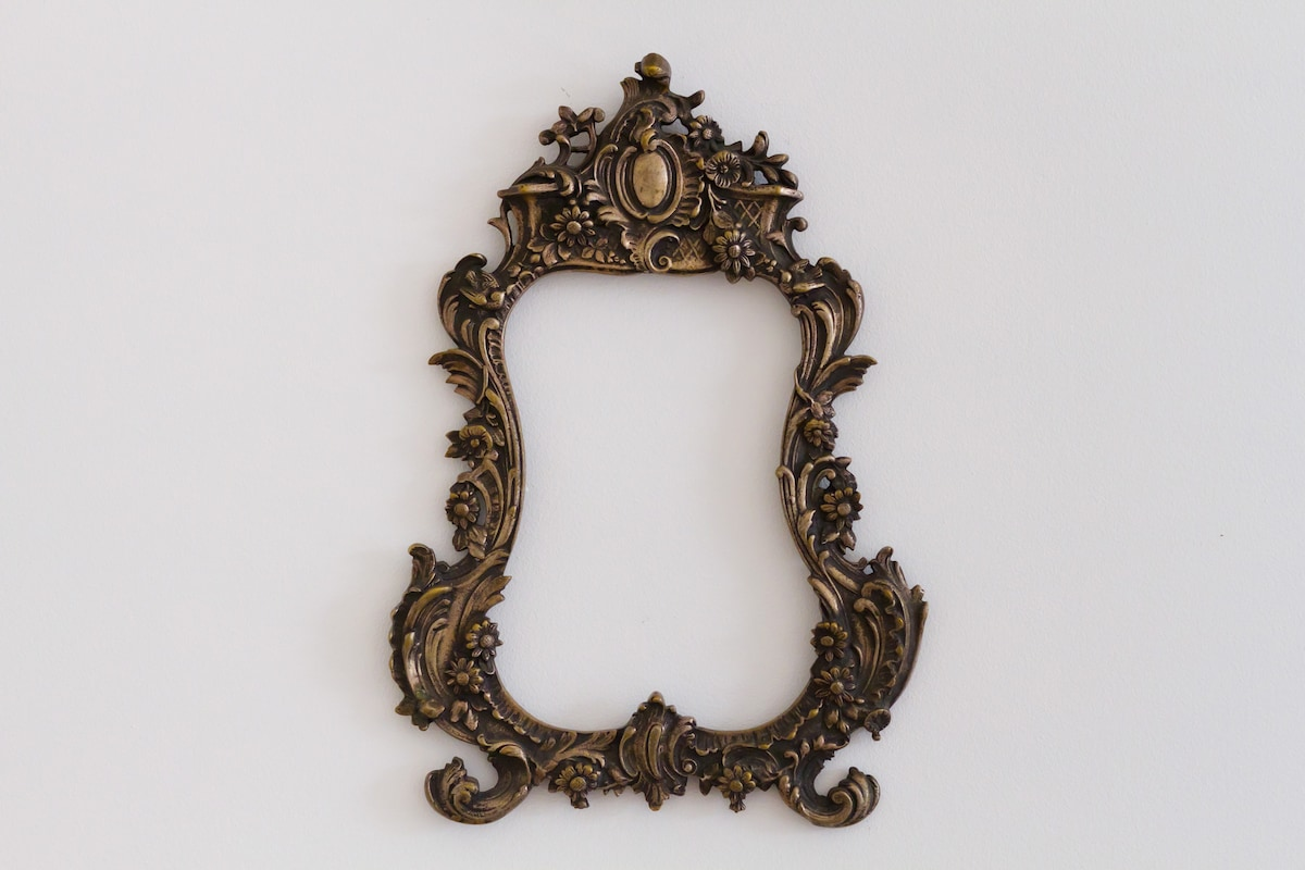 Antique frame bought at the Sunday's fair at Britanski square -just 5 minute walk from the flat