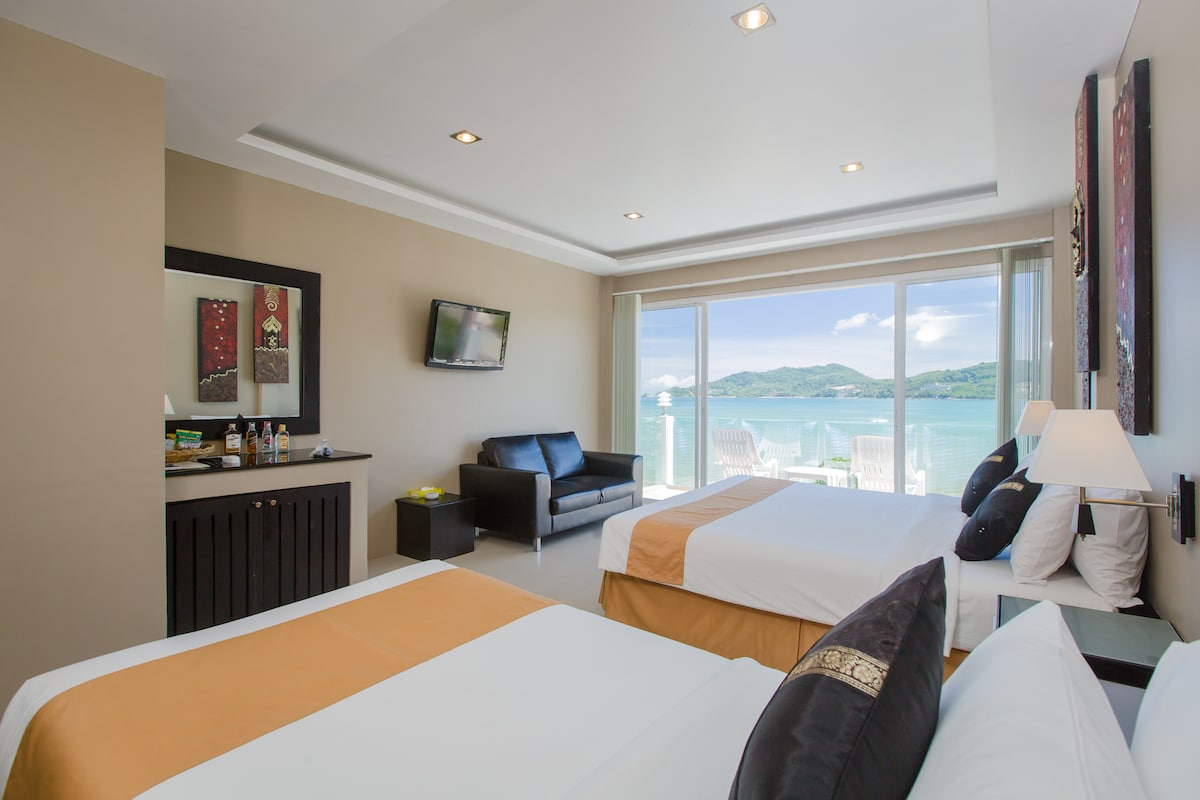 Superior Triple Room with Seaview