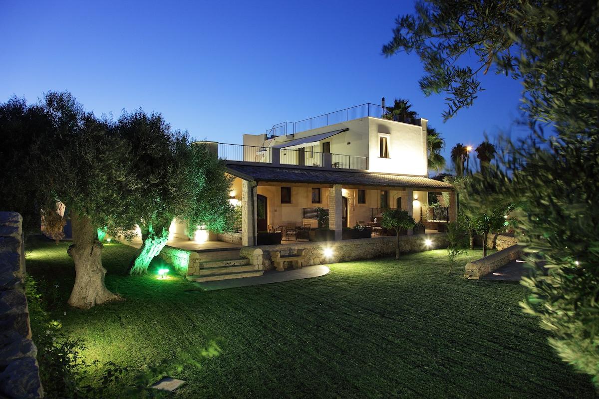 """Apartment in ancient villa x2"""""""