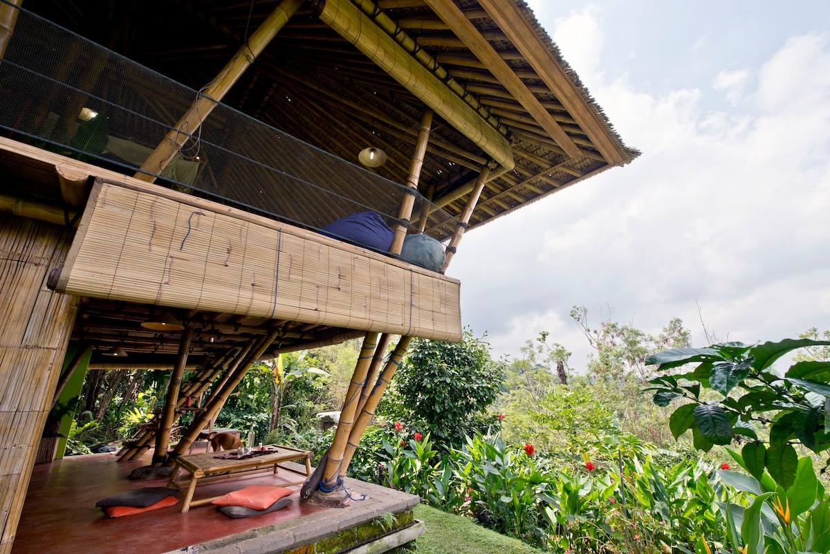 Open Air Bamboo House in Rural Bali