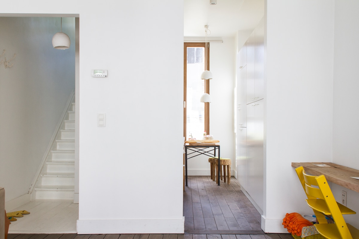 open spaces create a bright apartement