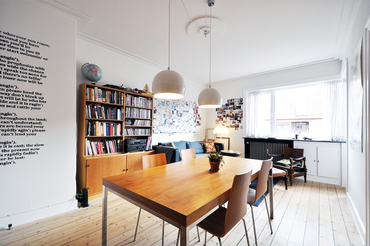 Big and bright living room