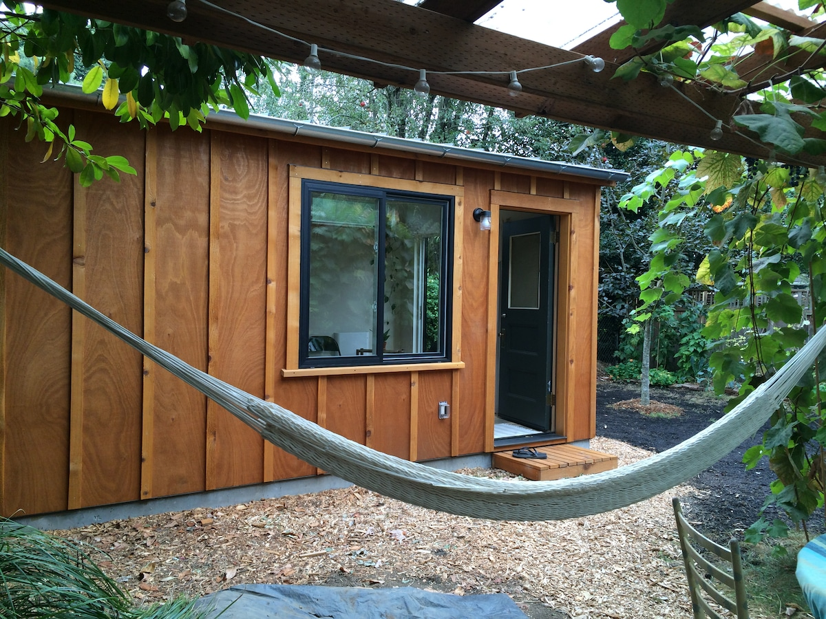 City Cabin By Mississippi, Williams