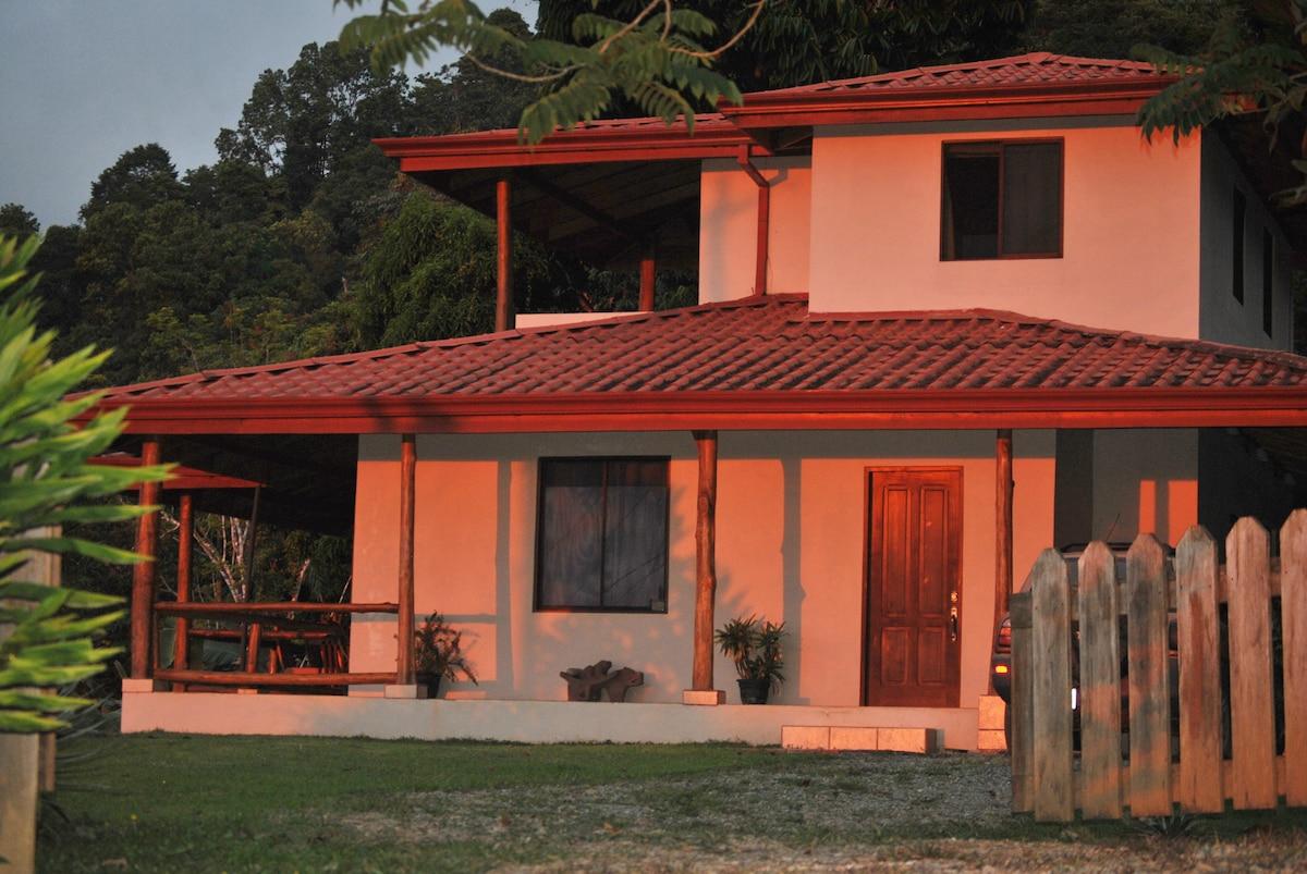 Toucan Villa (Finca Aracari)