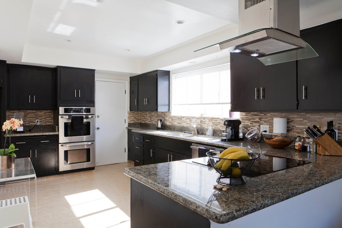 You have access to a huge kitchen, with double ovens, stove top, and all of the amenities you will need. If you love to cook when you travel, you'll be glad that you stayed here.