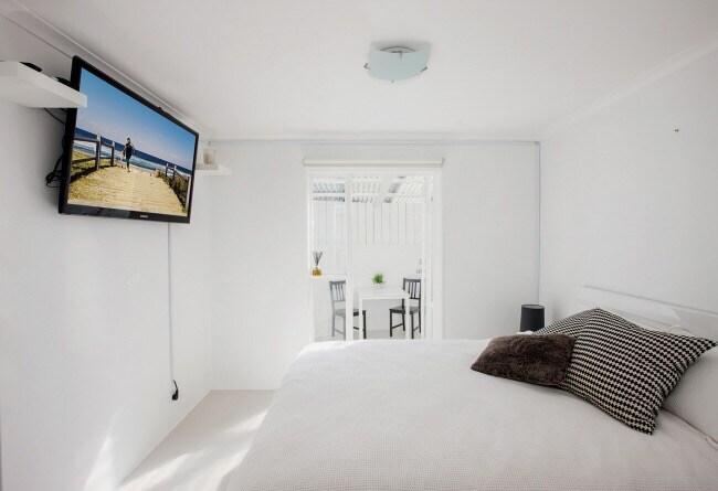 Modern, stylish 1BD apartment
