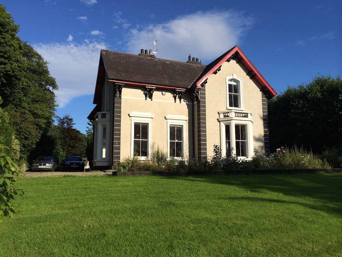 Period House, River Views, 2 Rooms