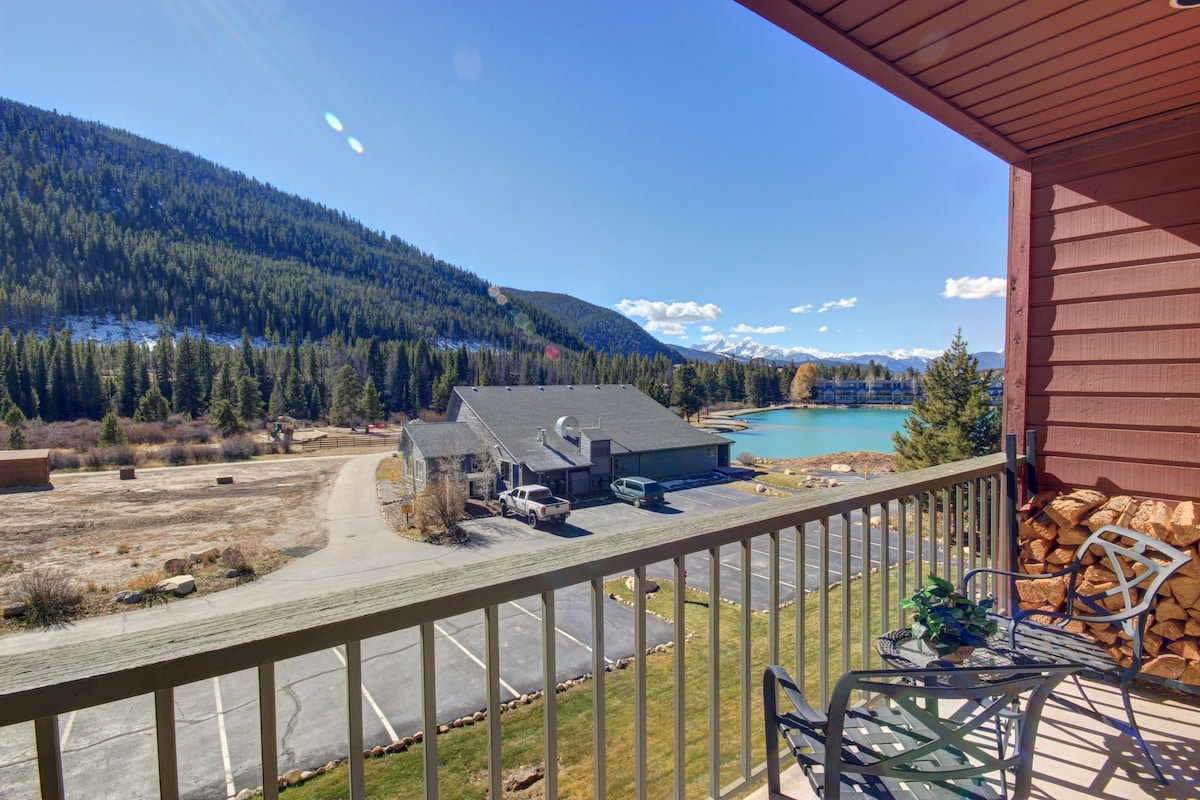 1 Bdrm Lake Views Summer Special