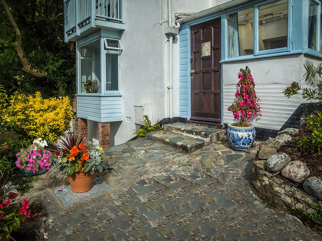 Looe Self Catering with Stunning Panoramic Harbour Views