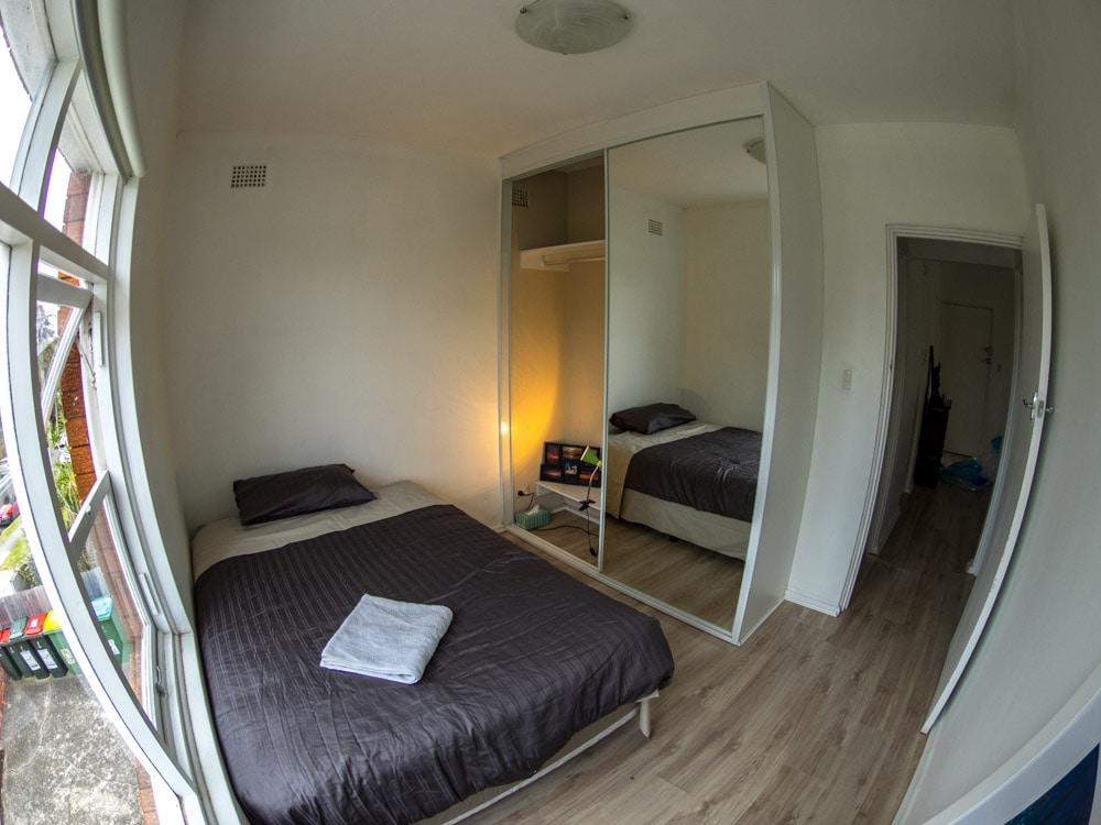 Bright Sunny Room in Queenscliff
