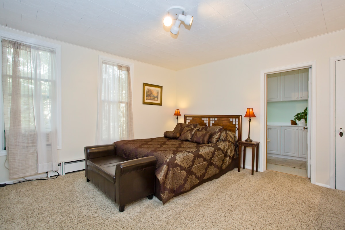 Looking for Denver hotels, try us!