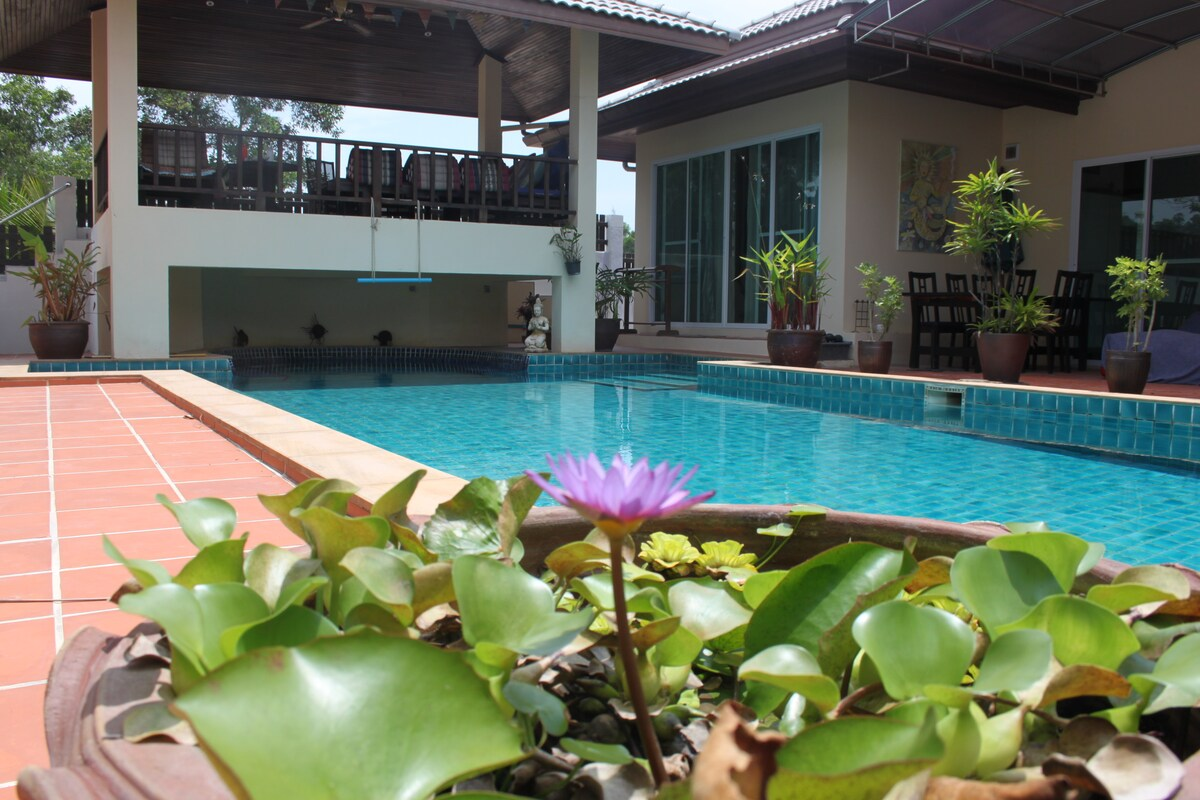 Private 35sqm pool room, Nai Yang