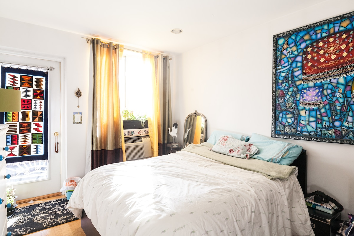 Spacious room - LES/Chinatown