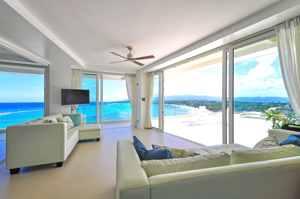 30% off June: Oceanview Penthouse