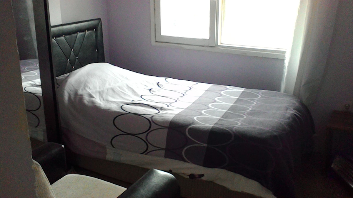 Lovely Alsancak - Room 2