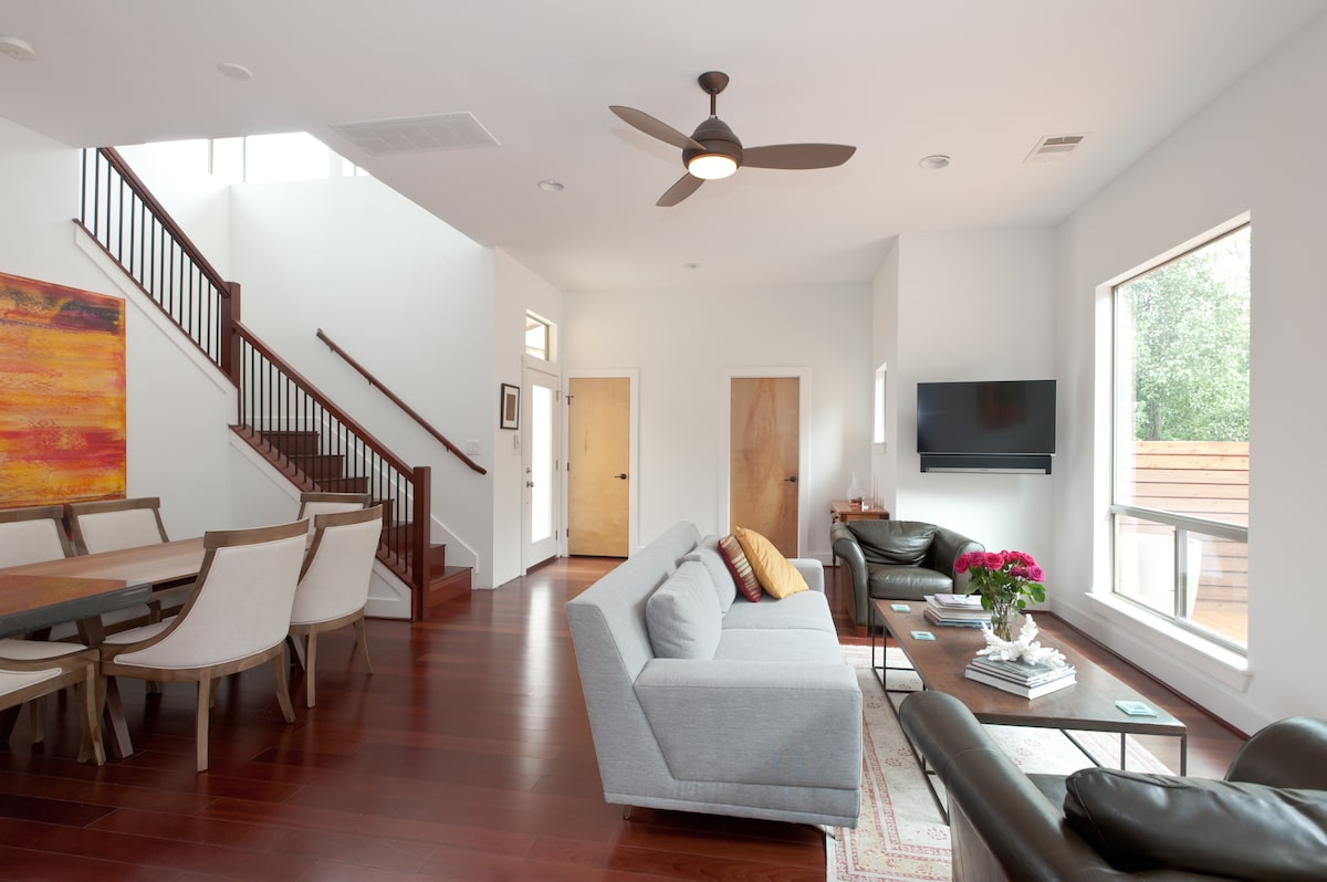 Stunning South Central Townhome