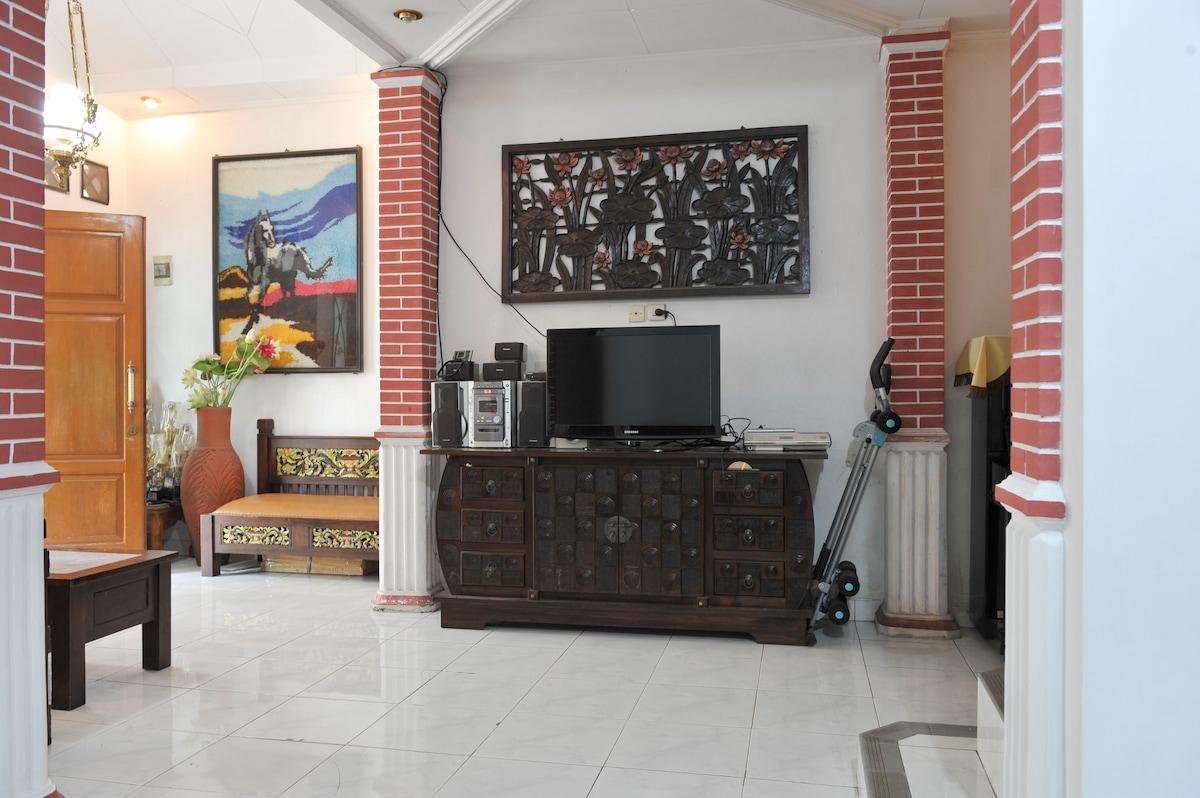 Clean and Comfortable Hostel Bogor