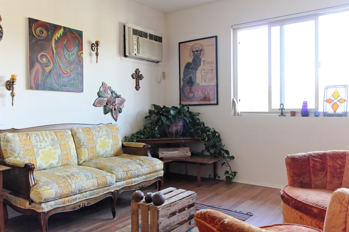Private room near Atwater Village