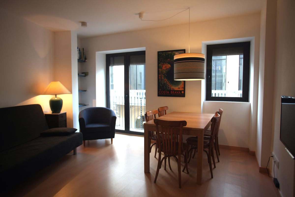 Cosy apart./Downtown Figueres/ 6pax